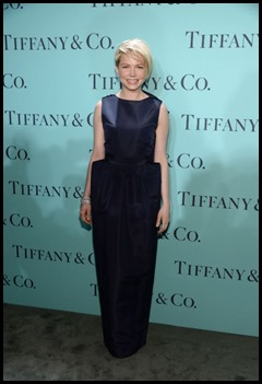 Michelle Willams wears tiffany
